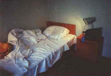 宿泊ベッド.jpg